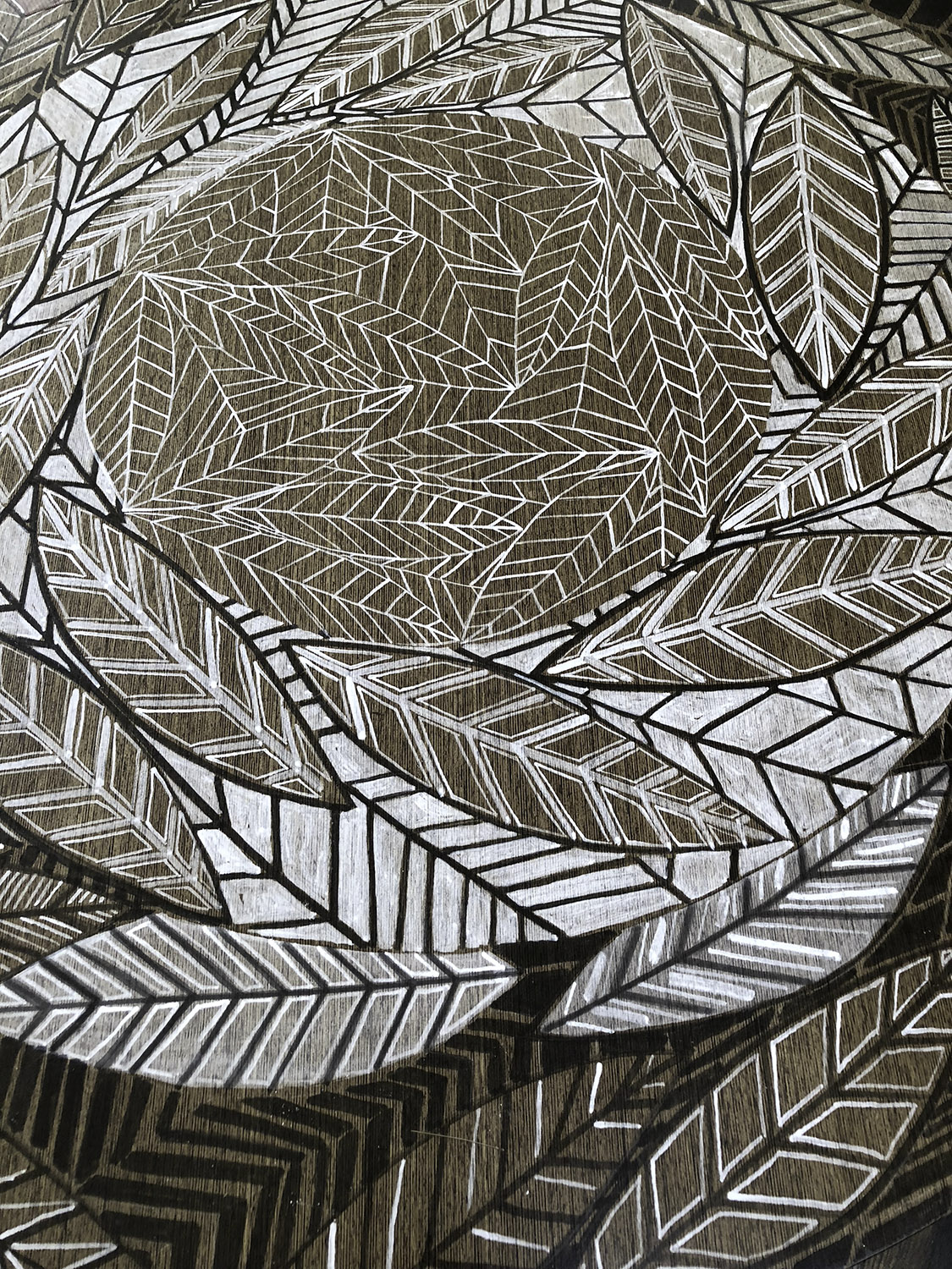 Leaf Line Gyre Table Detail
