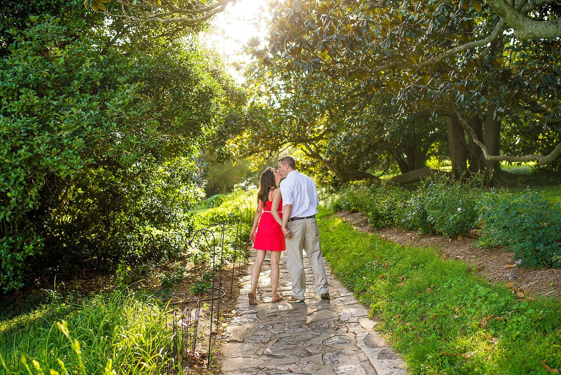 maymont-park-richmond-engagement_0004.jpg