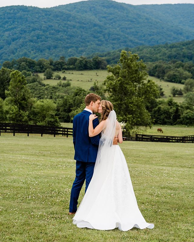 We let the groom take the last shot in this series. He was super happy with his shot 😉 Congratulations Bryan & Mary Claire! . . . . #wedding #weddingphotography #charlottesville #charlottesvillewedding #kingfamilyvineyardswedding #vineyardwedding #mountainwedding #bride #groom #weddingphotographer #bridalportrait @amoreeventco @kingfamilyweddings