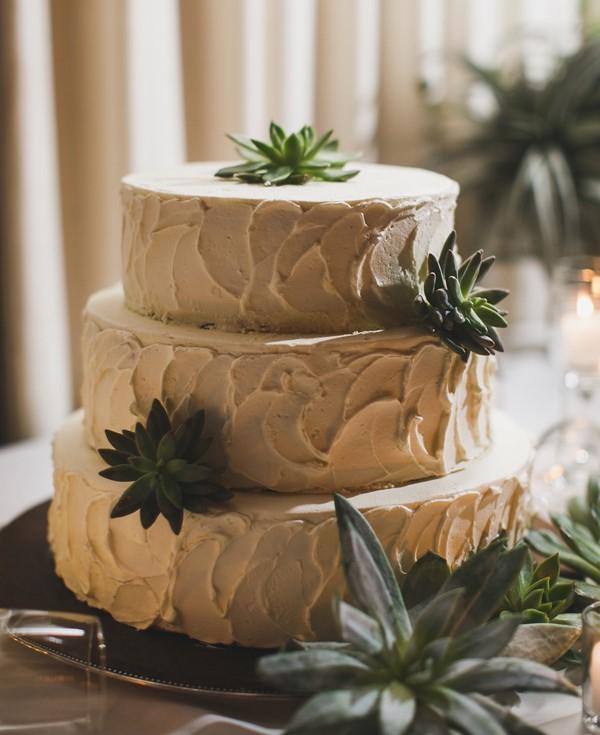 wedding cake succulents.jpg