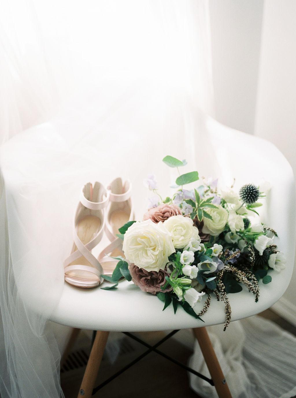 39_Wedding_Angie&Isaac_CochraneRancheHouse_MaricleKangPhoto_10319_04.jpg