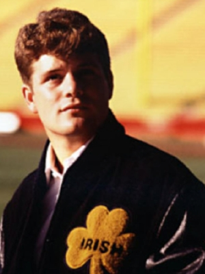 Rudy is a true underdog story classic. Never stop chasing your dreams, and never underestimate the luck of the Irish  ☘