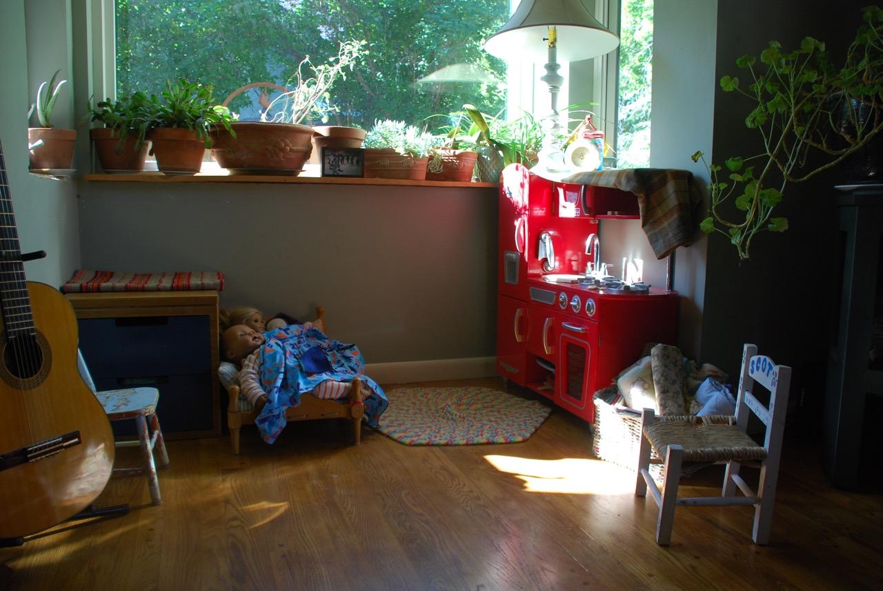 bay window kitchen nook.jpg