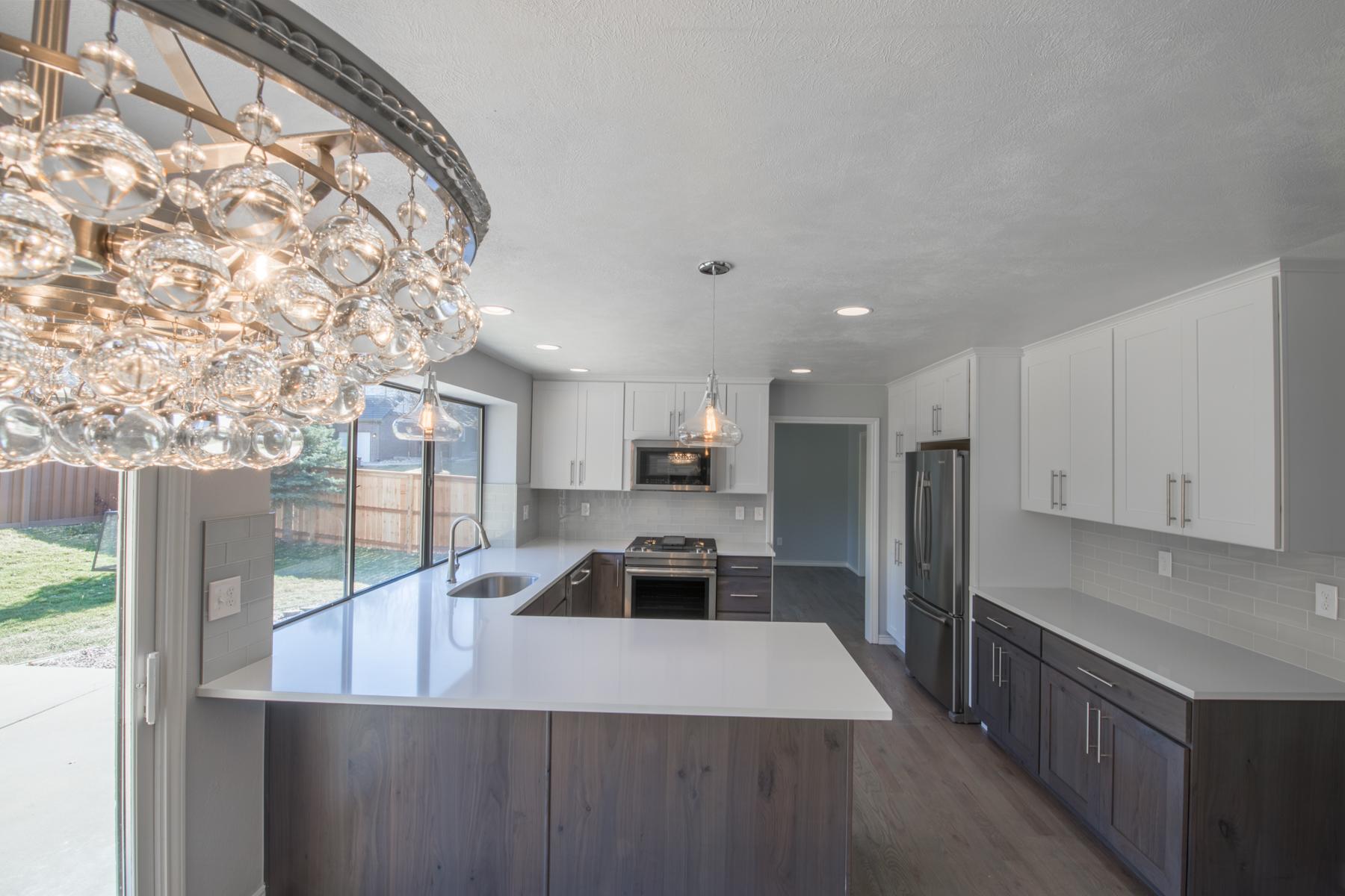 7896 S Fairfax - Kitchen-10.jpg