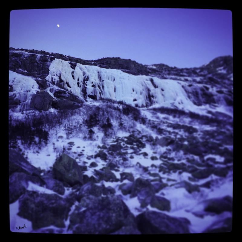 198 1109 Katahdin Moon 7.5.jpg