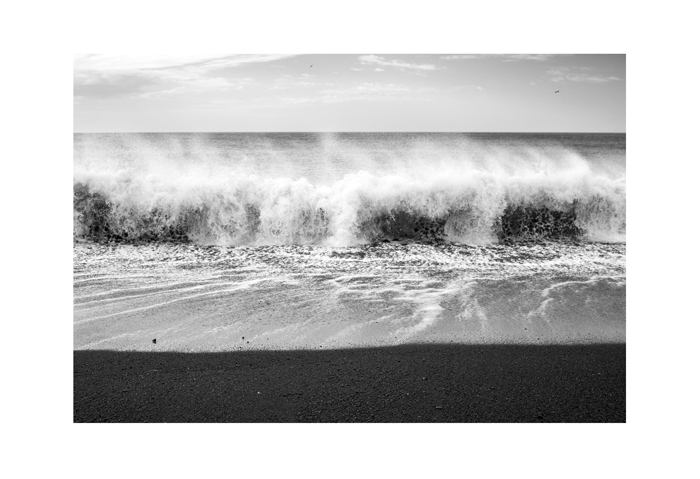 Iceland 19x13 print south wave against the wind.jpg