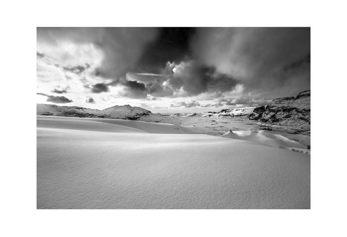 Iceland 19x13 soft snow on Sólheimajökull.jpg