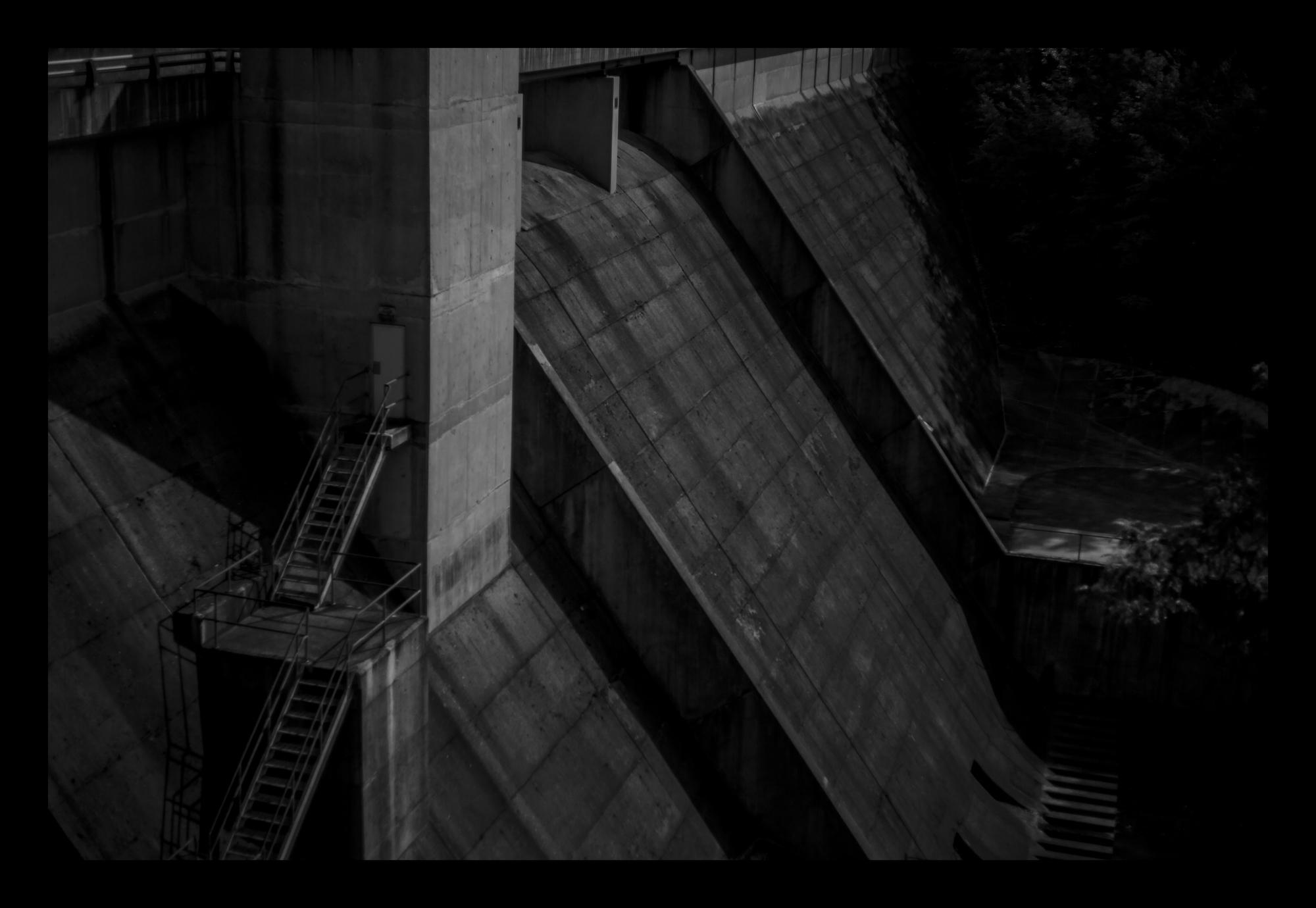 9N6A8022 Setting of the Dam.jpg