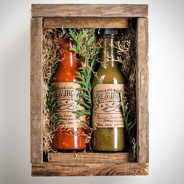 Christmas is right around the corner, make sure to get your holiday boxes ordered before we run out! $24 and you can ✅ someone off the list. Link in bio. #local #handmade #wild #fermented #probiotics  #hotsauce #portland #maine #gifts #shoplocal