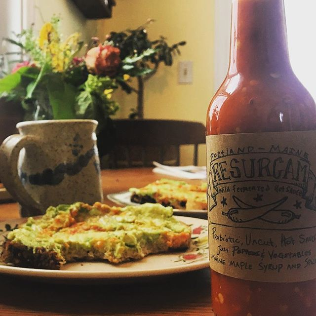 Snow day ResurgamAvoToast and bullet proof coffee...time to get out in it! #hipsterbreakfast #avocadotoast #localhotsauce #fermentedfoods #portlandme