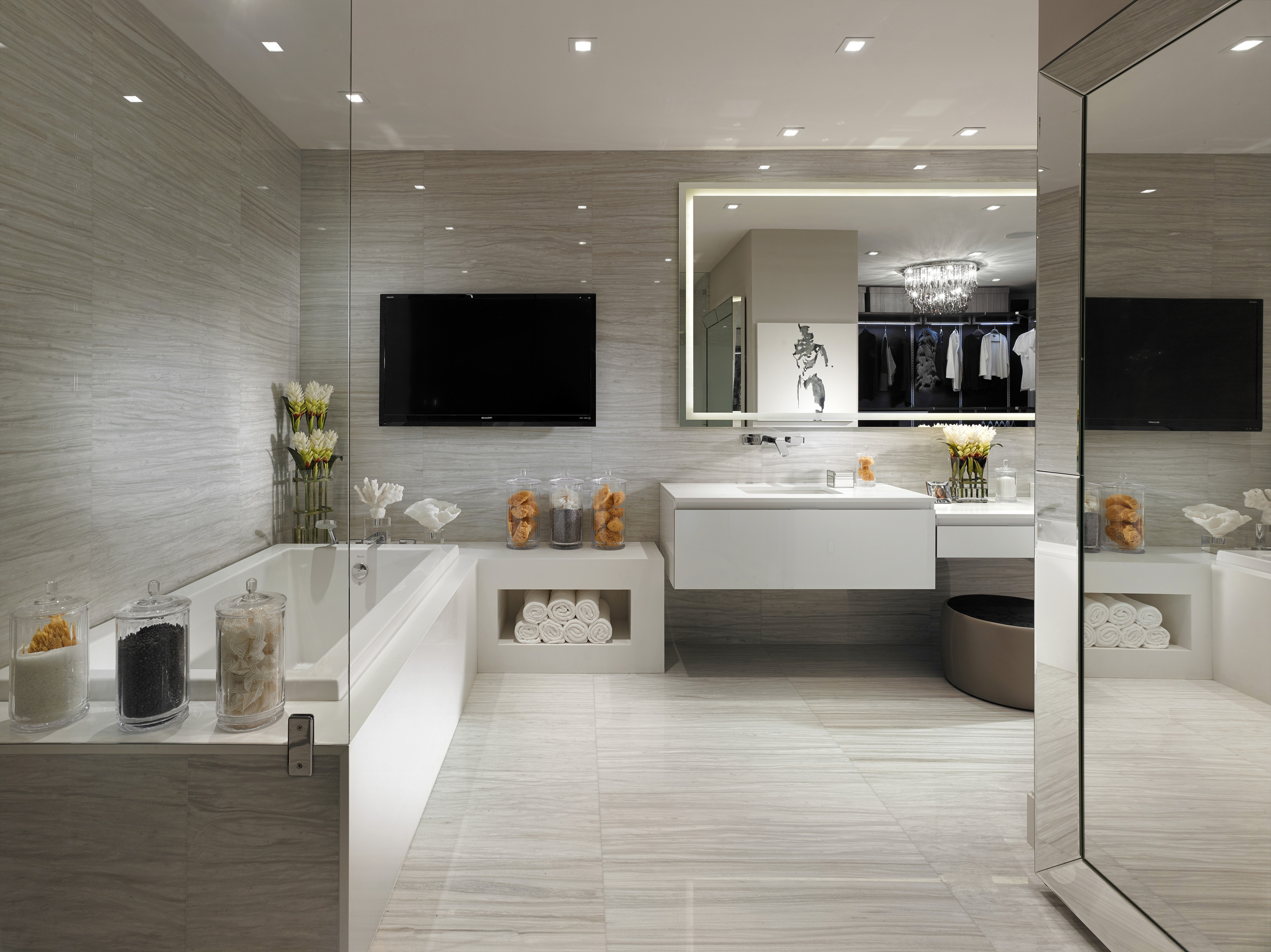 4-RESIDENCES-PRIVE_BATH_C.jpg