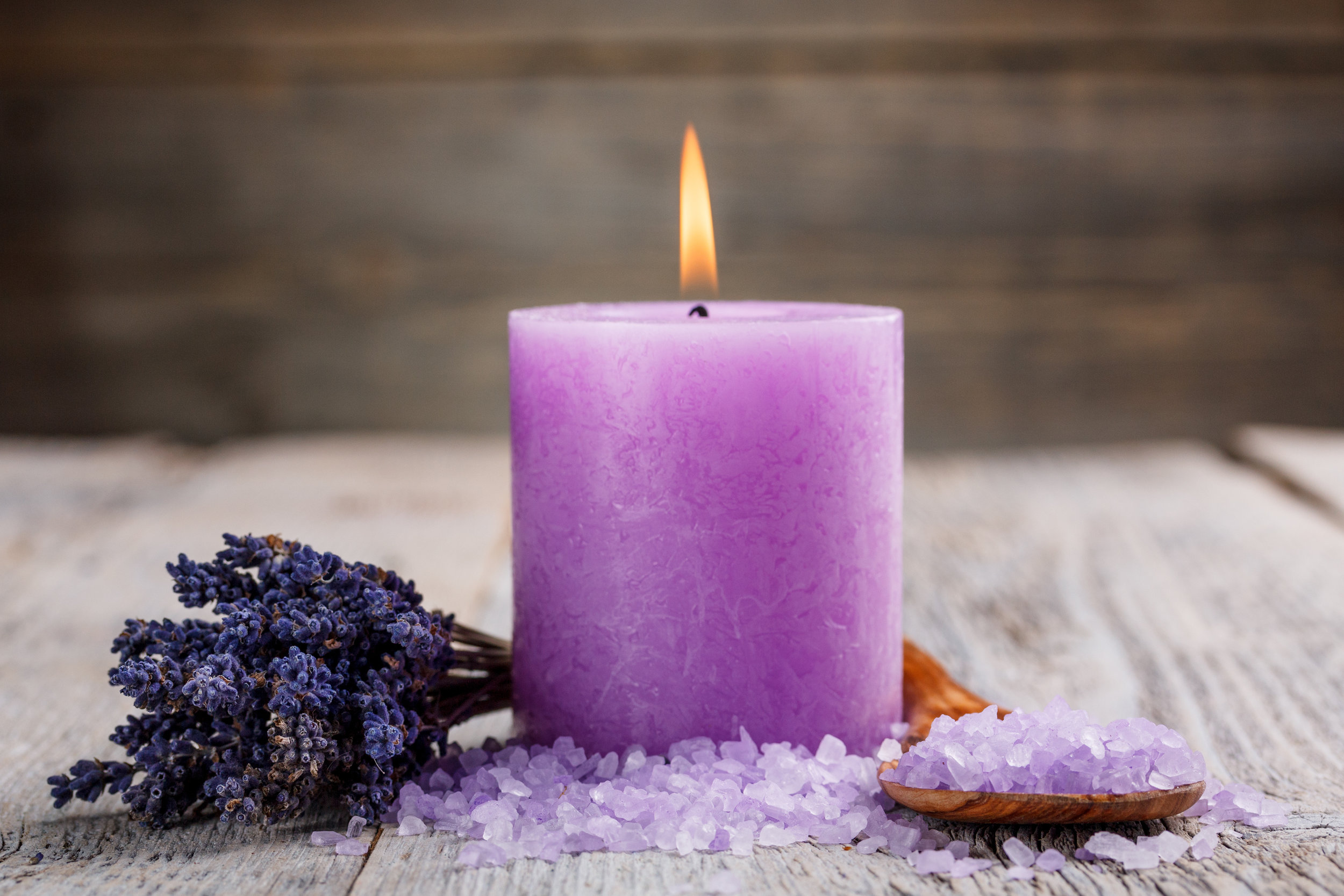 candle-bath-salts-from-lavender-oil.jpg