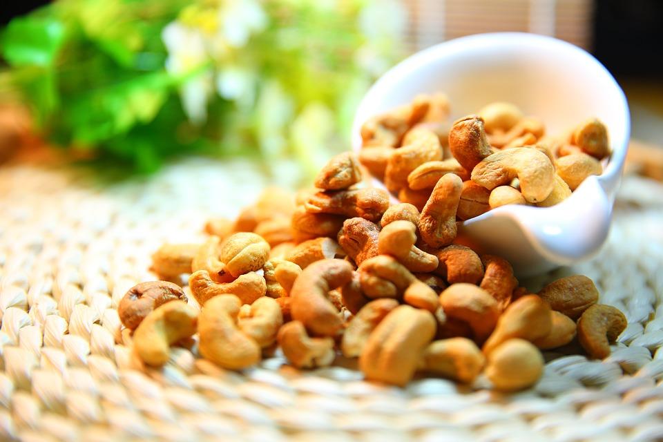 cashew-nut-1098177_960_720.jpg