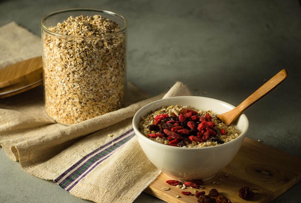 oatmeal-3171723_960_720-1.jpg