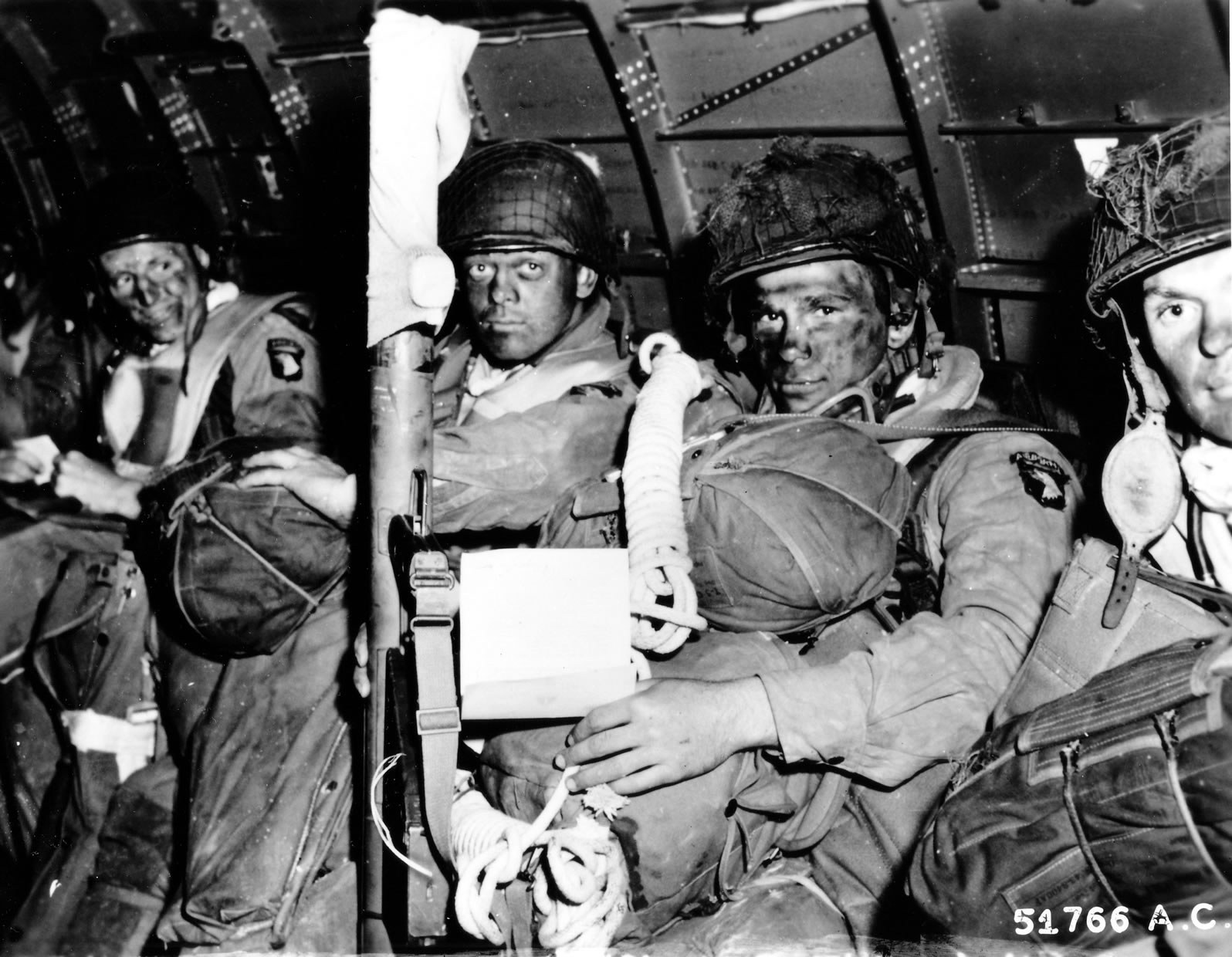 101st Airborne Division - Screaming Eagles