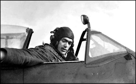 Squadron Leader F.A.O. [Tony] Gaze, OAM, DFC and 2 Bars