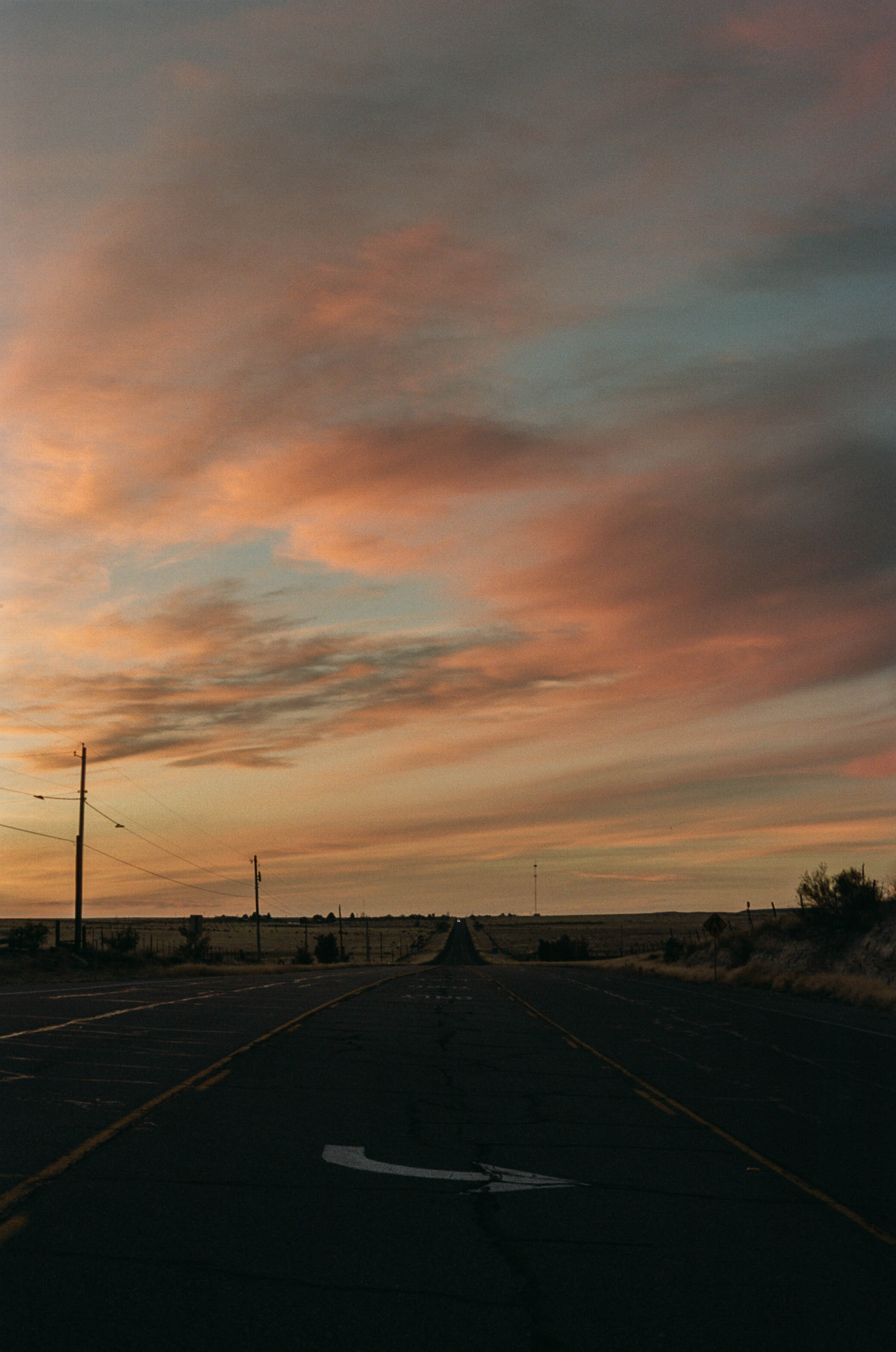 road-trip-marfa-texas-sunset-highway-portra-160-1
