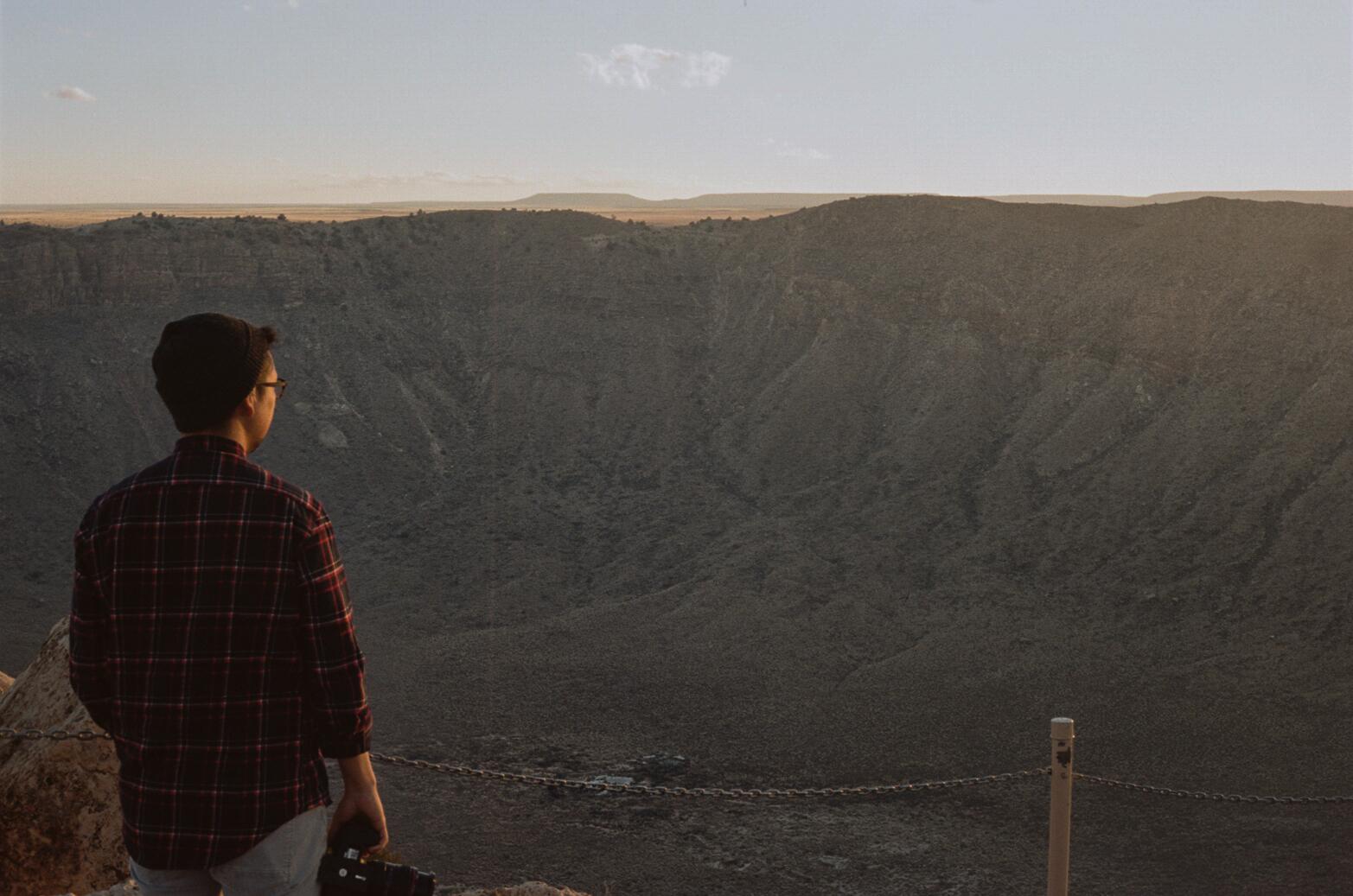 road-trip-arizona-meteor-crater-anderson-portra-160-1