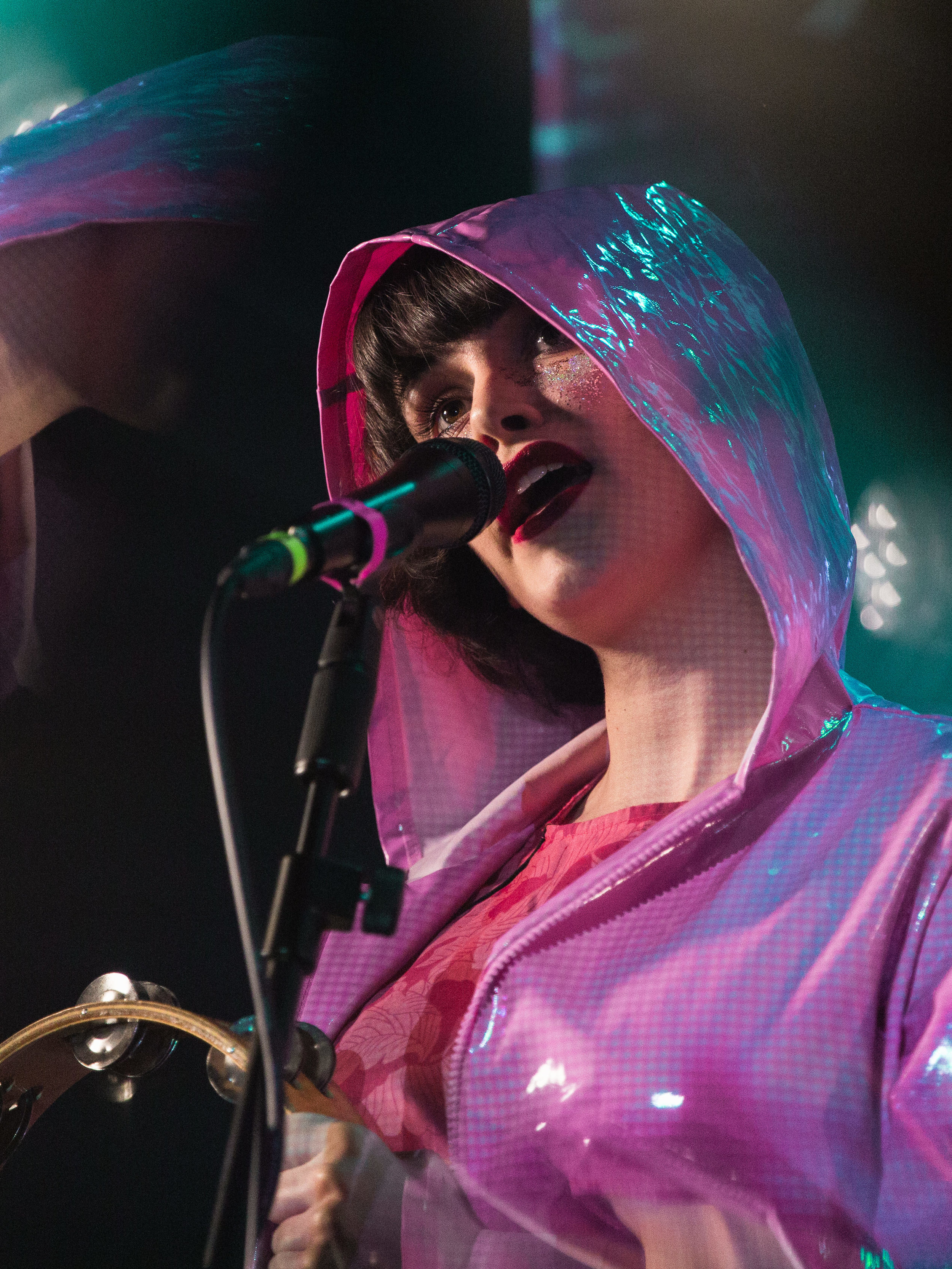 kirby-gladstein-photography-superorganism-concert-moroccan-lounge-los-angeles-2