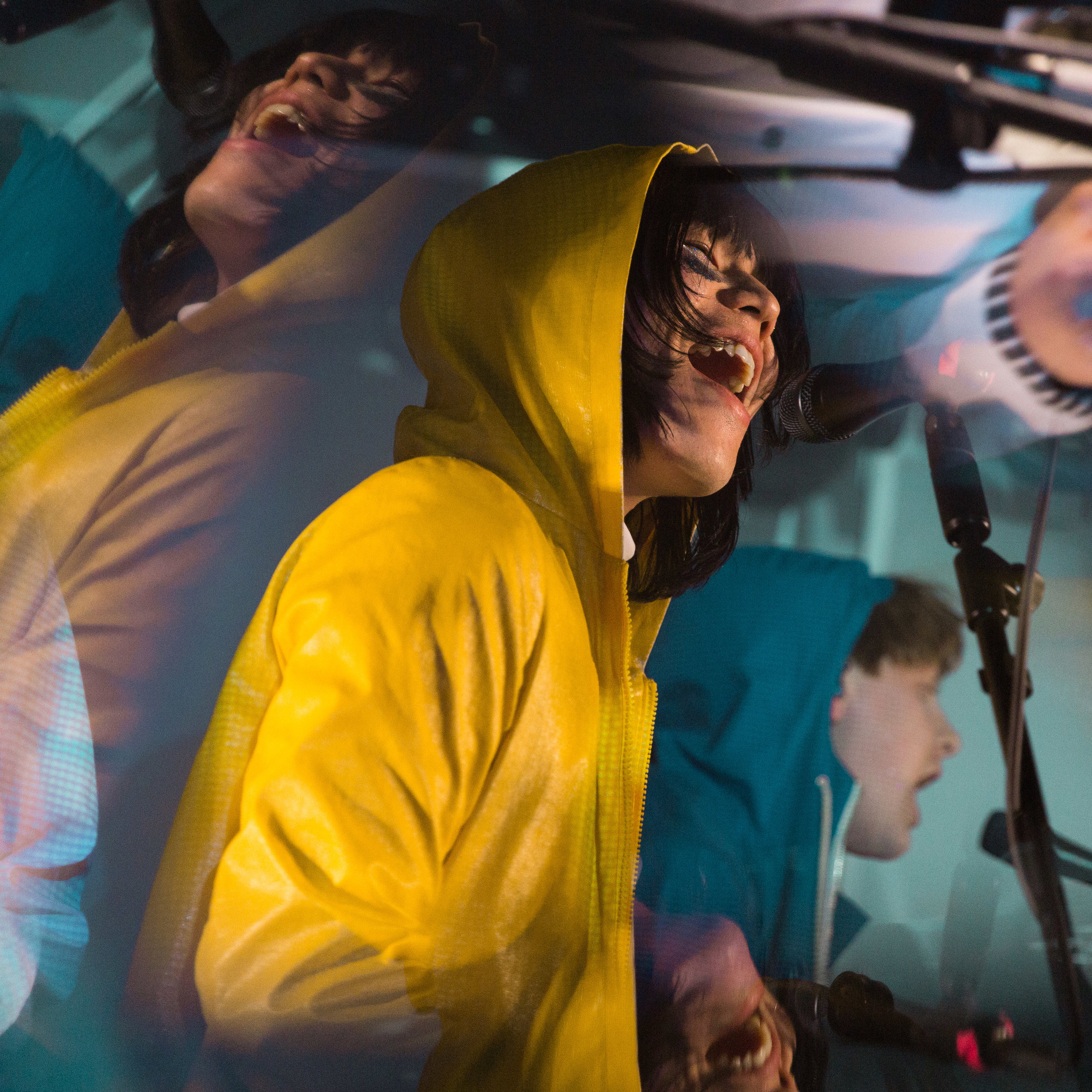 kirby-gladstein-photography-superorganism-concert-moroccan-lounge-los-angeles-3