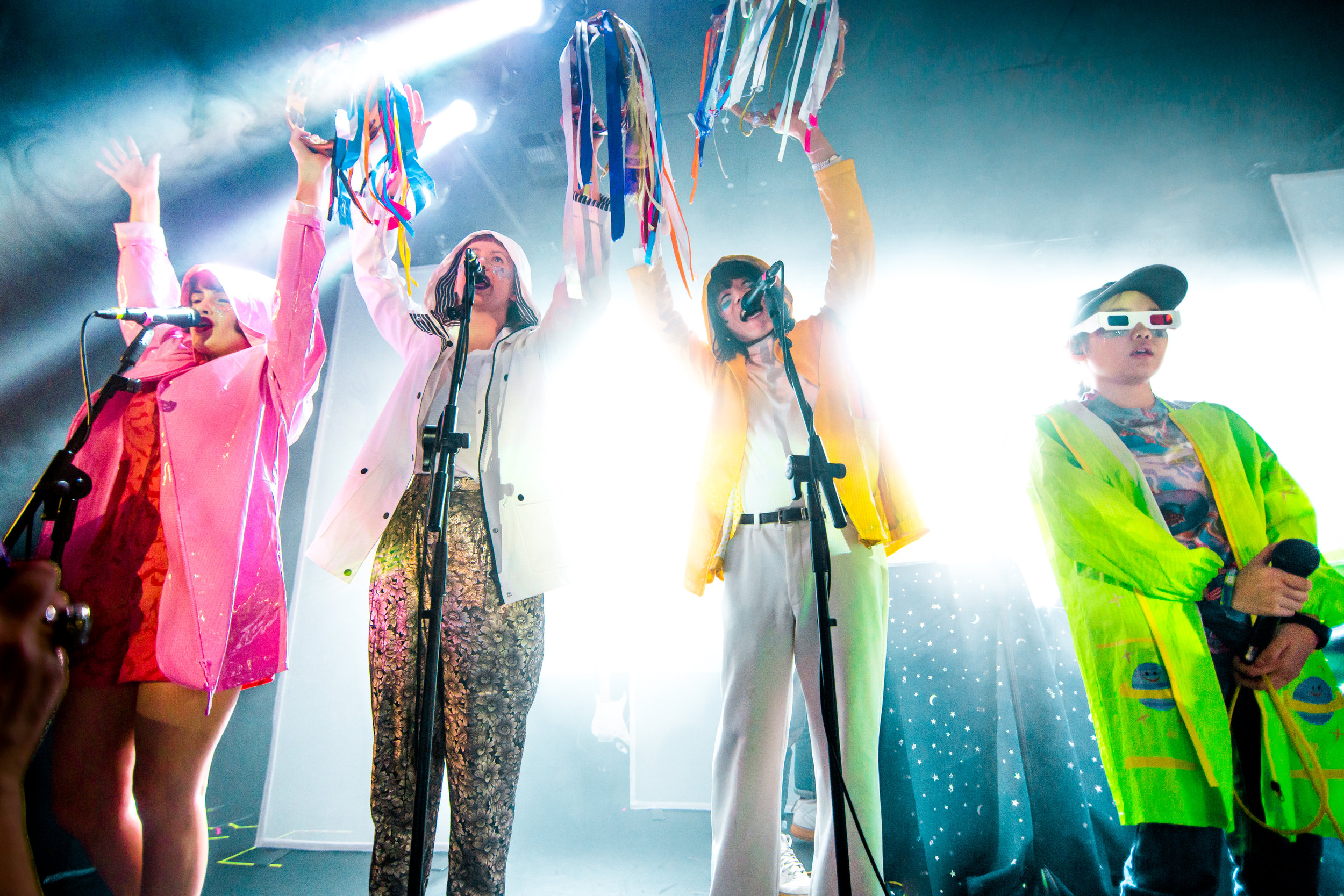 kirby-gladstein-photography-superorganism-concert-moroccan-lounge-los-angeles-5
