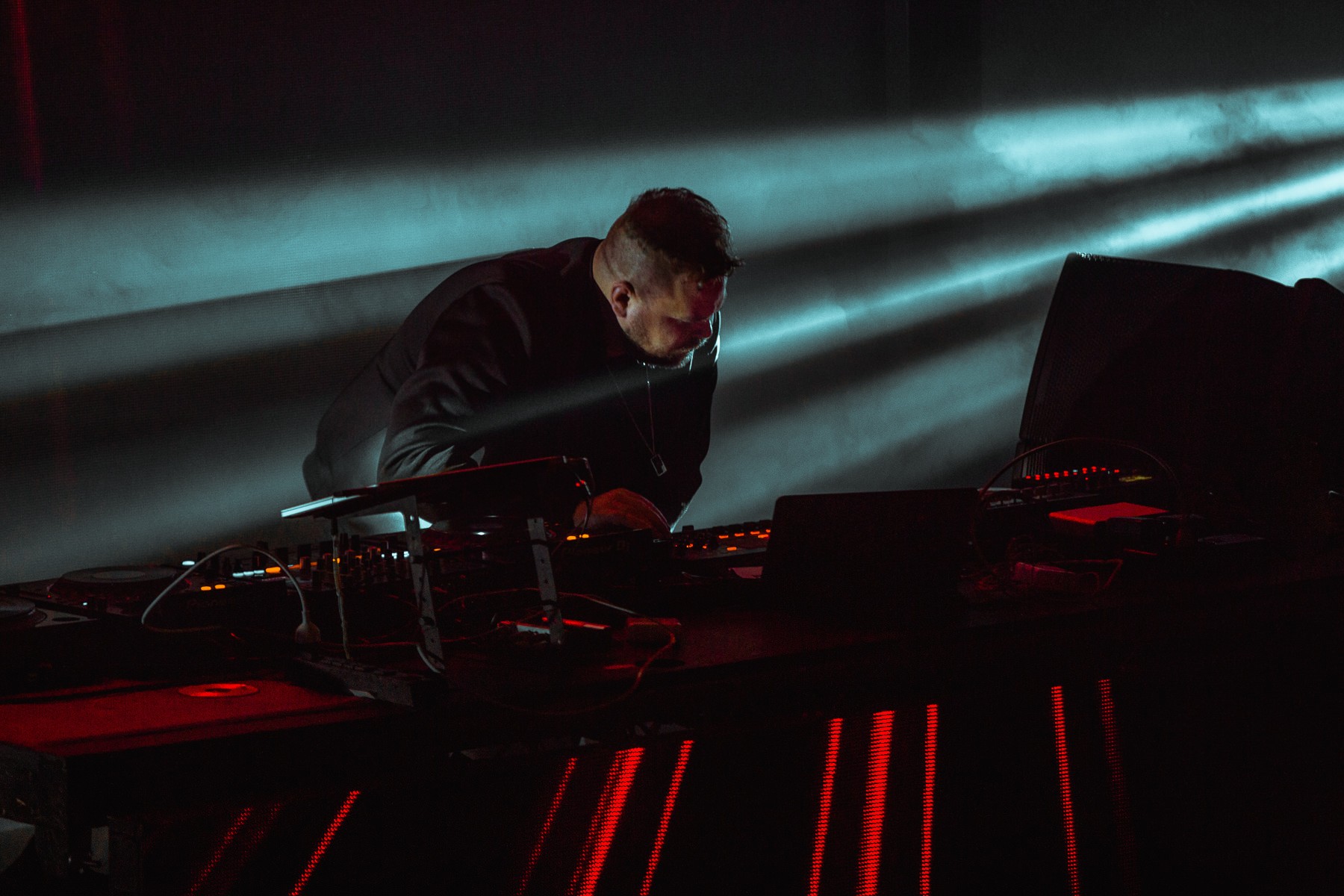 180318-kirby-gladstein-photograpy-com-truise-concert-exchange-LA-los-angeles-1088.jpg