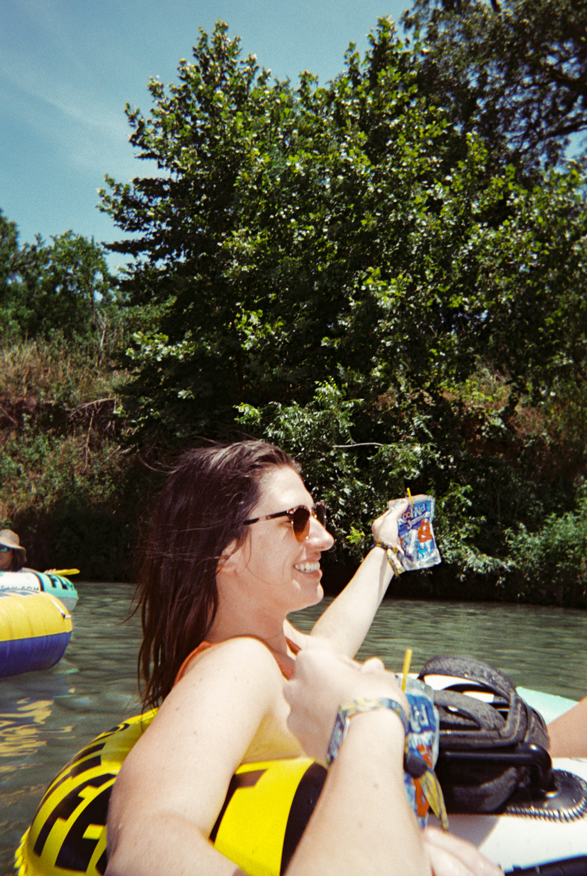 180728-kirby-gladstein-photograpy-Float-Fest-Fuji-disposable-021.jpg