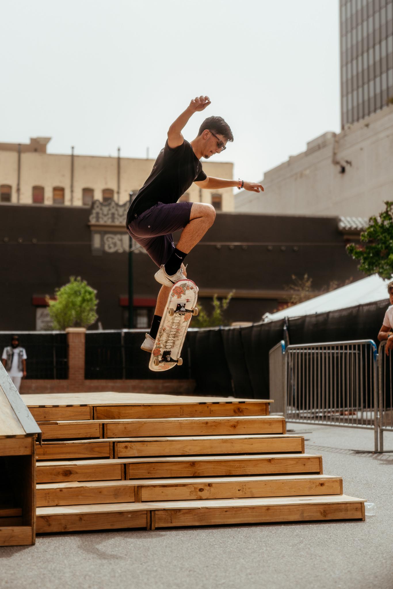 skate_NeonDesert2019_KirbyGladstein-09210.jpg