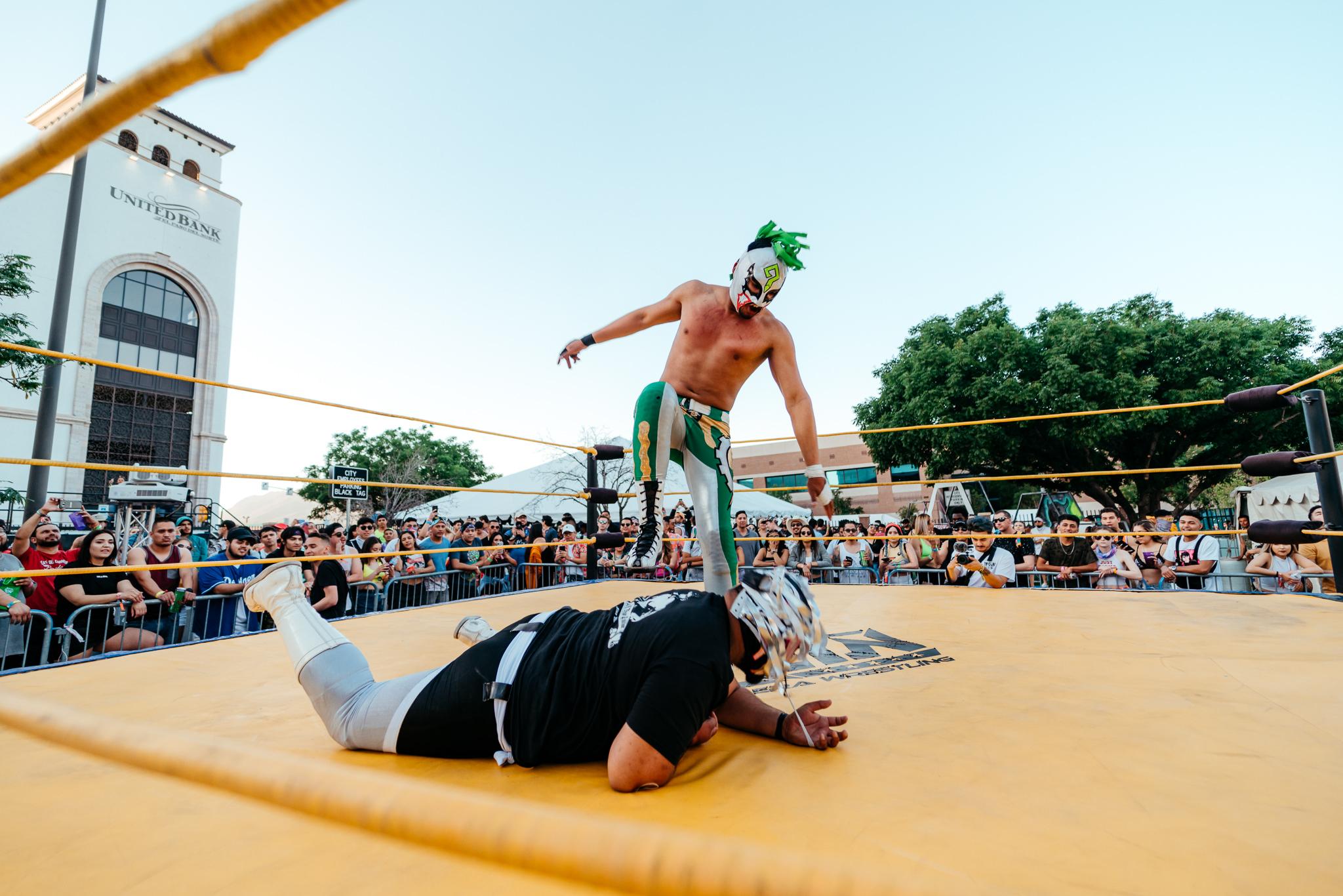 wrestling_NeonDesert2019_KirbyGladstein-09794.jpg