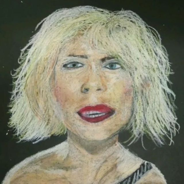 Blondie 👱 Debbie . . . #blondie #flash #timelapse #oilpastel #debbieharry #masterpiece