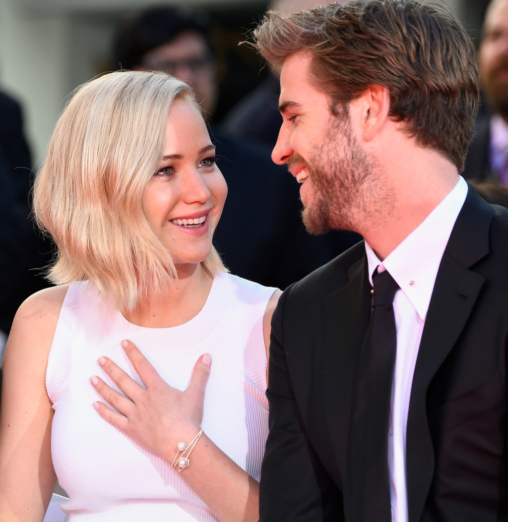 rs_1024x1053-151031125847-1024.jennifer-lawrence-liam-hemsworth.cm.103115.jpg
