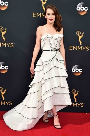 Michelle Dockery in Oscar de la Renta
