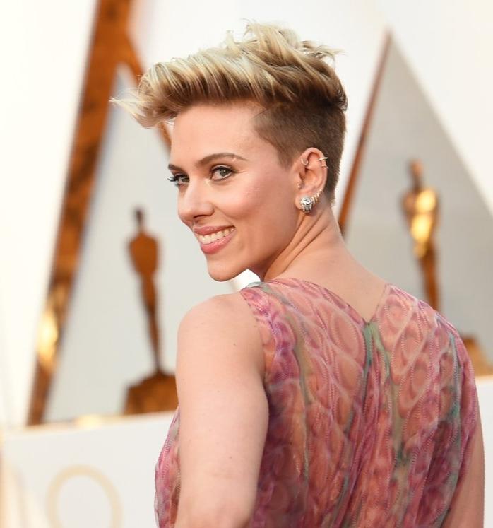 Scarlett-Johansson-Hair-Makeup-2017-Oscars.jpg