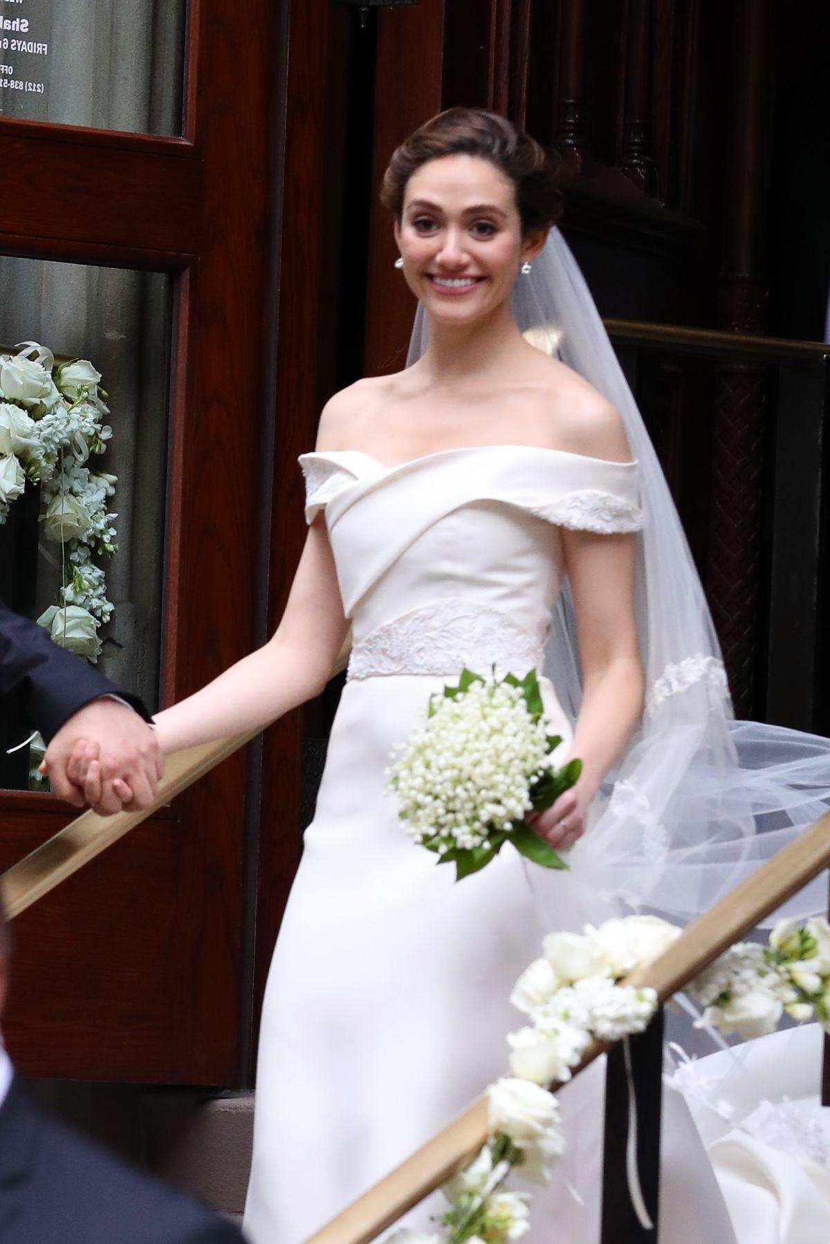 emmy-rossum-at-wedding-day-in-new-york-city_2.jpg