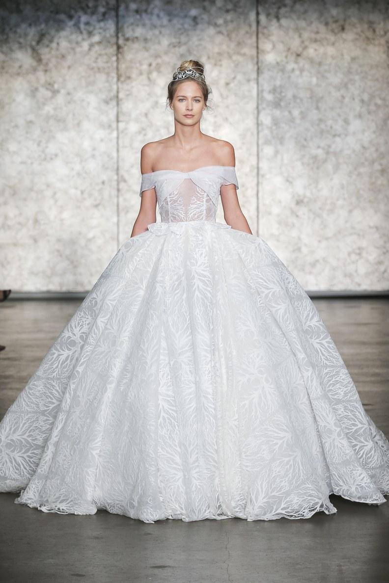 inbal-dror-wedding-dresses-fall-2018-027.JPG