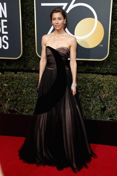 JESSICA BIEL in Dior Haute Couture