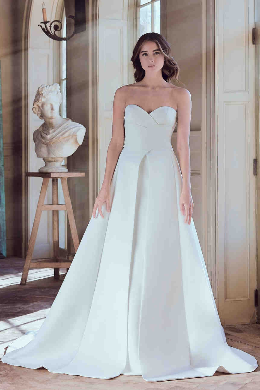 sareh-nouri-wedding-dress-spring2019-01_vert.jpg