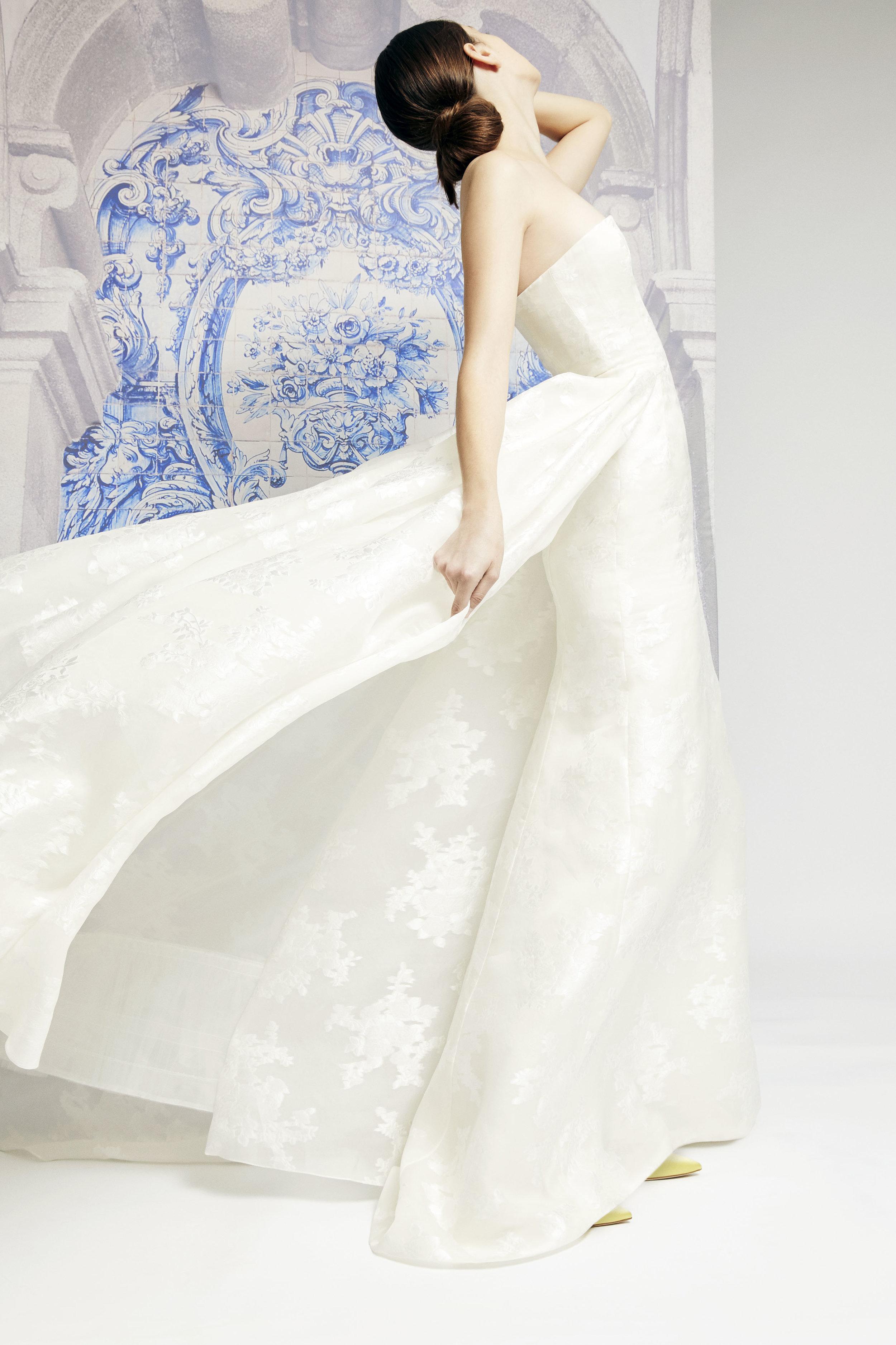 1_CHNY_F19_Bridal_Irina_F1921N710FBF.jpg