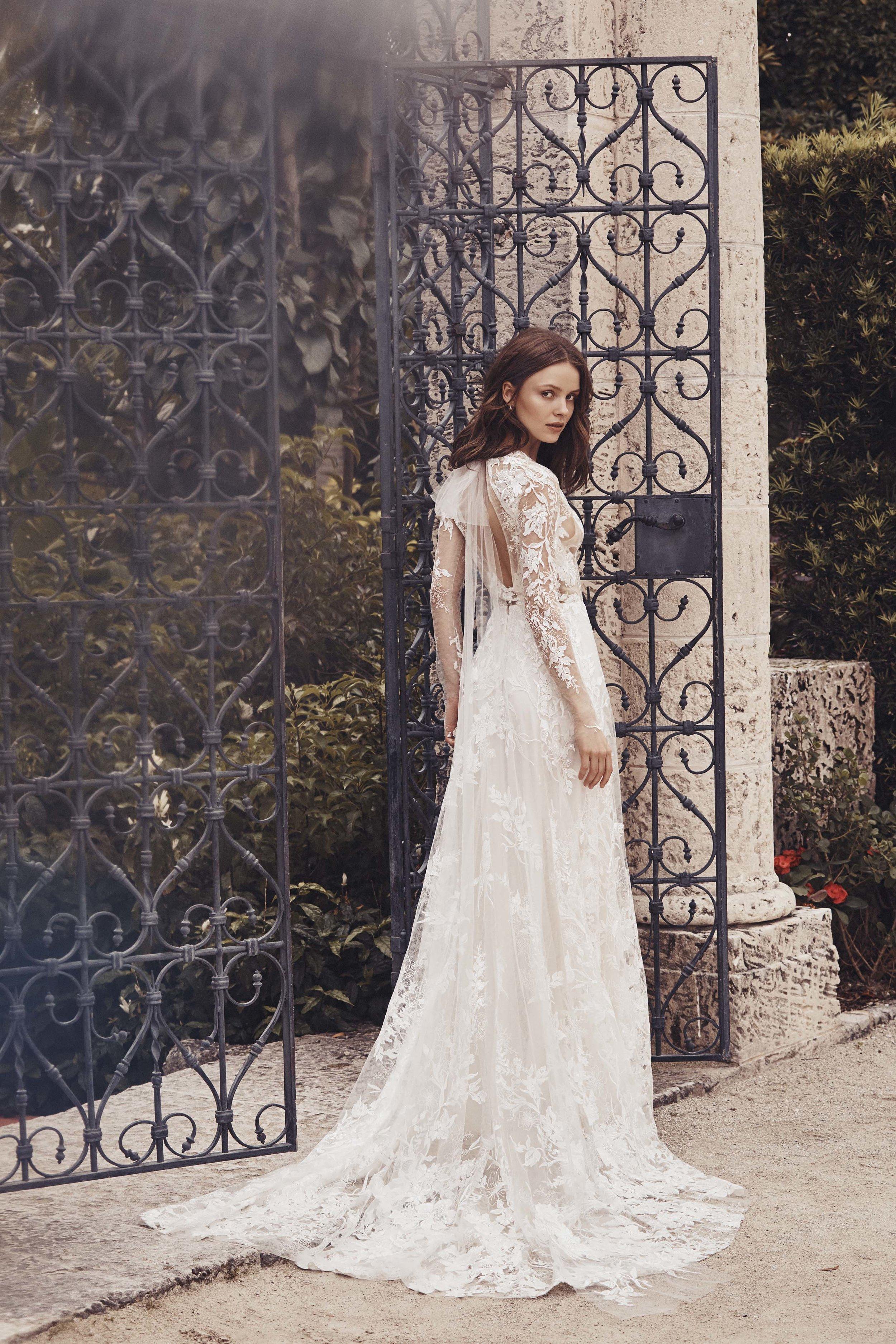 MoniqueLhuillier_Spring_2020_Bridal_Look_5_Spring.jpg