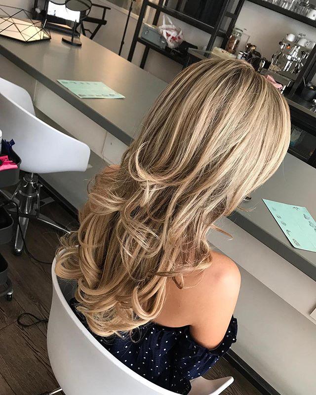☀️Summer Blow-outs  #brownhair#blondehair#gorgeous#blowdry#blowout#straighthair#hairdo#hairart#hairstyle#hair#hairextensions#hairgoals#hairstyles#hairstylist#updo#bridehairstyle#hairstyling#hairfashion#drybar#blonde#brownhair#redken#shakennotstirred#kerastase#loreal#olaplex#blowout#depijp#amsterdam#defohnbar ✨