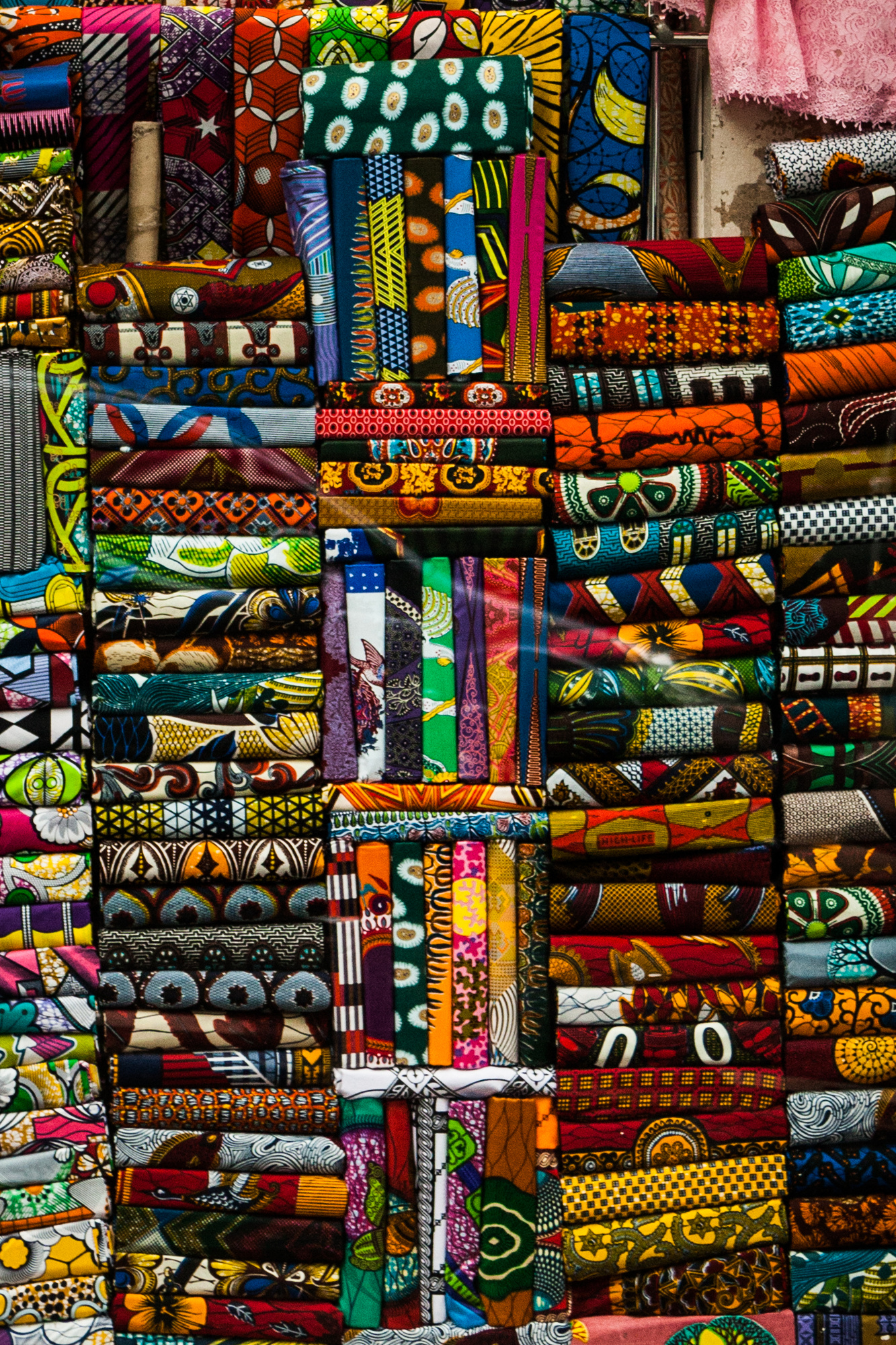 Shop for traditional African fabrics at Rue Poulet.