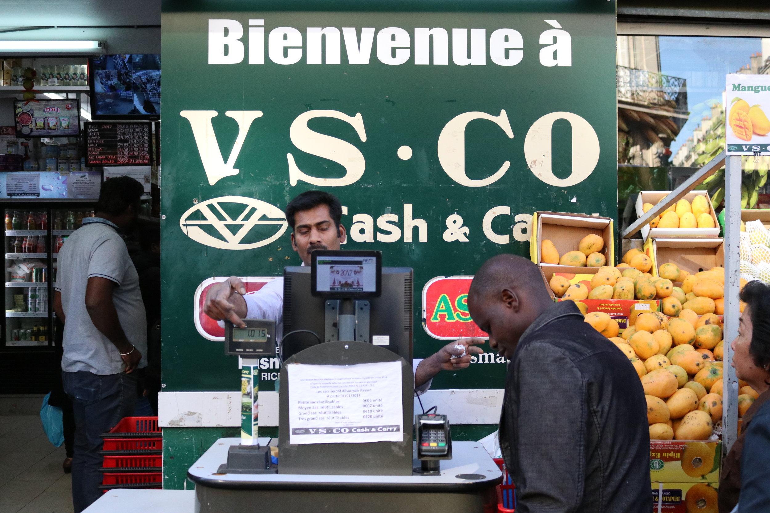 VS CO Cash & Carry