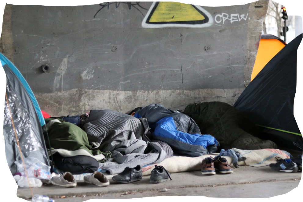 PORTE DE LA CHAPELLE - In Northern Paris, the migrant camp at Porte de la Chapelle offered a (temporary) home to thousands of migrants. But living conditions in the camp are far from ideal. by Ingri Bergo, Tanguy Garrel & Mick ter Reehorst