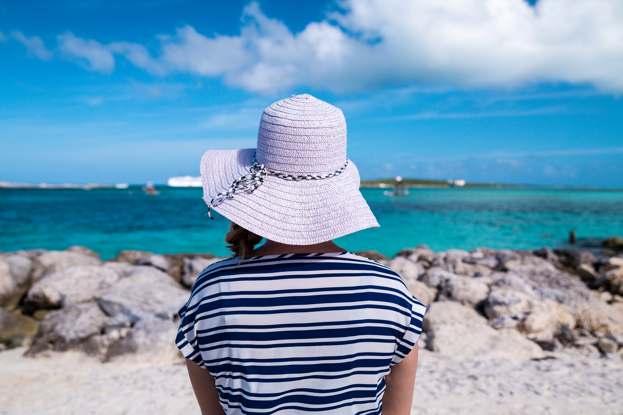 LOOKING OUT INTO THE BEAUTIFUL BLUE WATERS OF COCOCAY