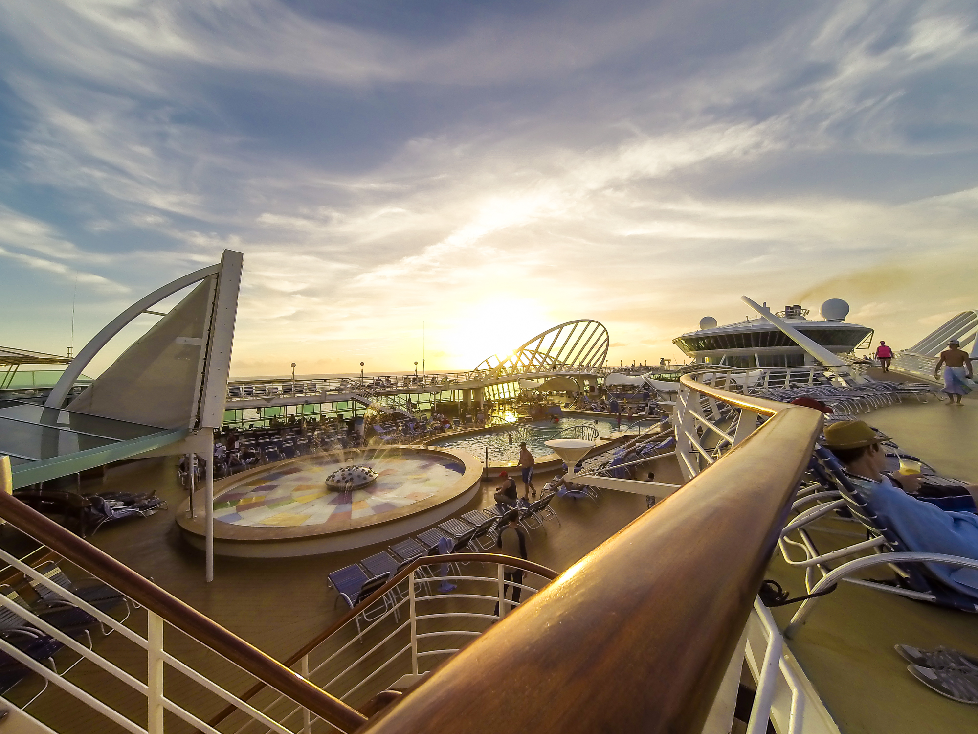 POOL DECK ON THE ENCHANTMENT OF THE SEAS