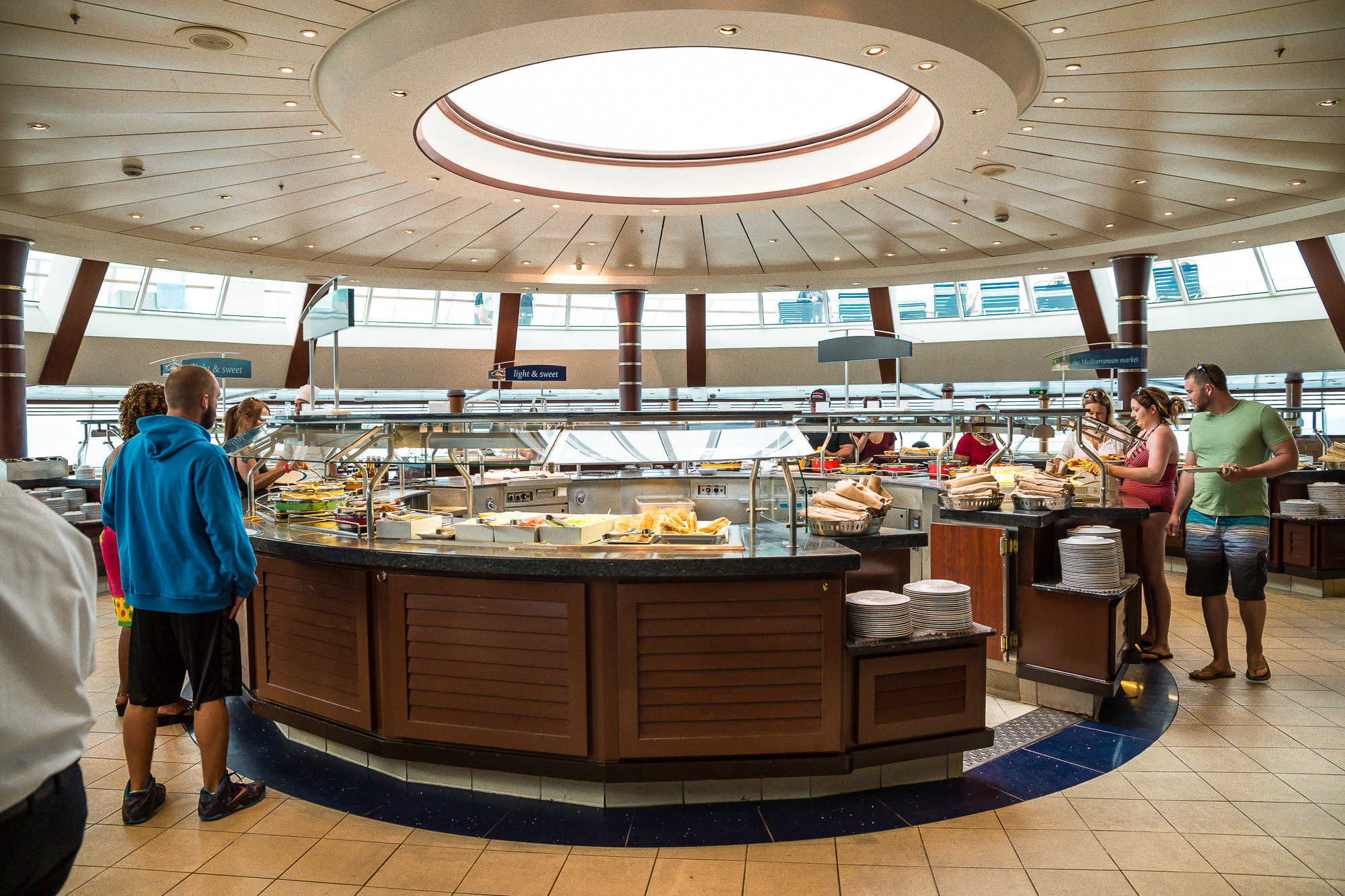 BREAKFAST AND LUNCH BUFFET EVERYDAY AT THE WINDJAMMER