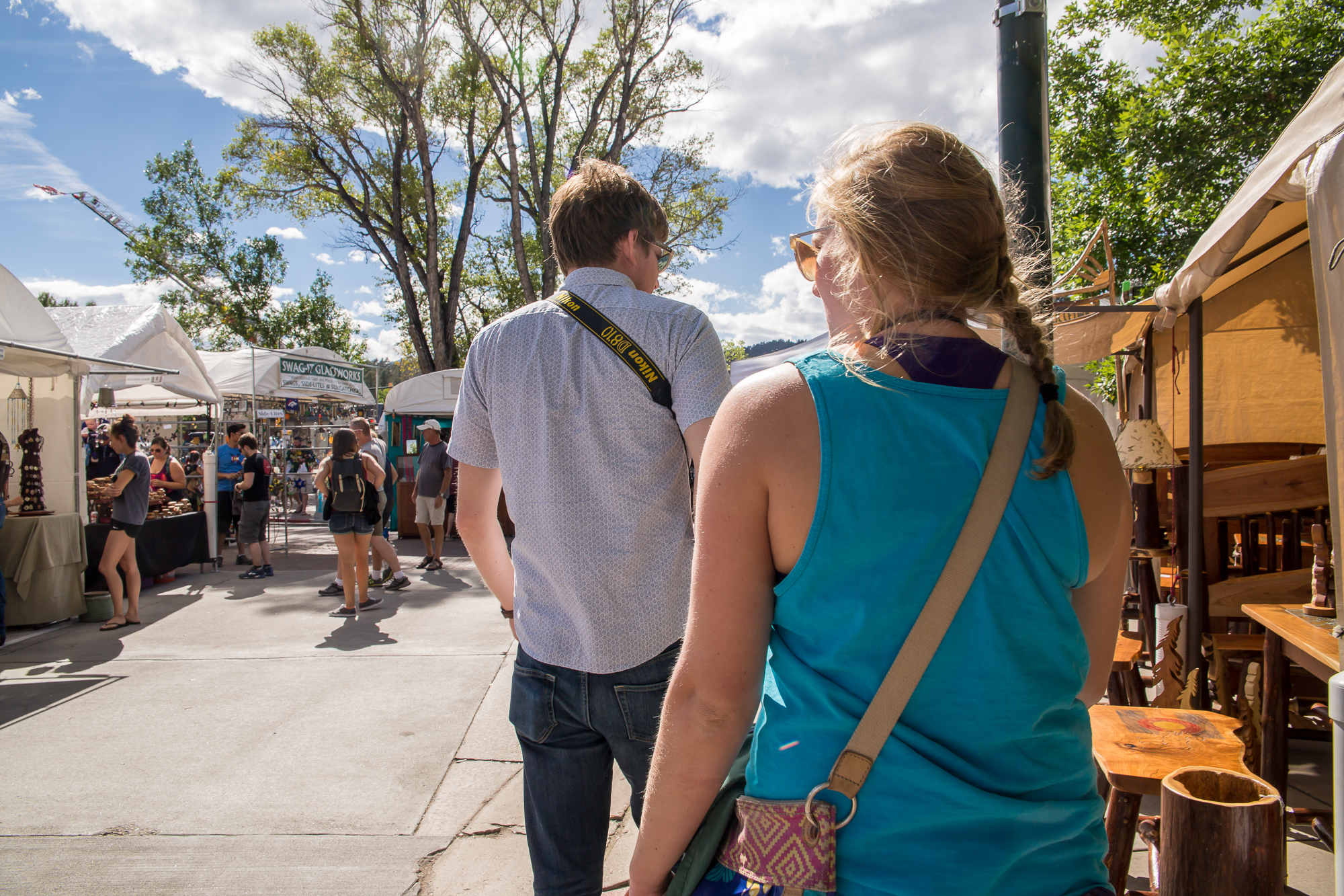 EXPLORING THE DOWNTOWN ARTS & CRAFTS FESTIVAL