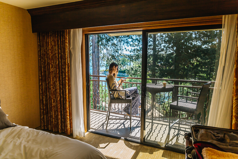 Awesome balcony overlooking Lake Arrowhead