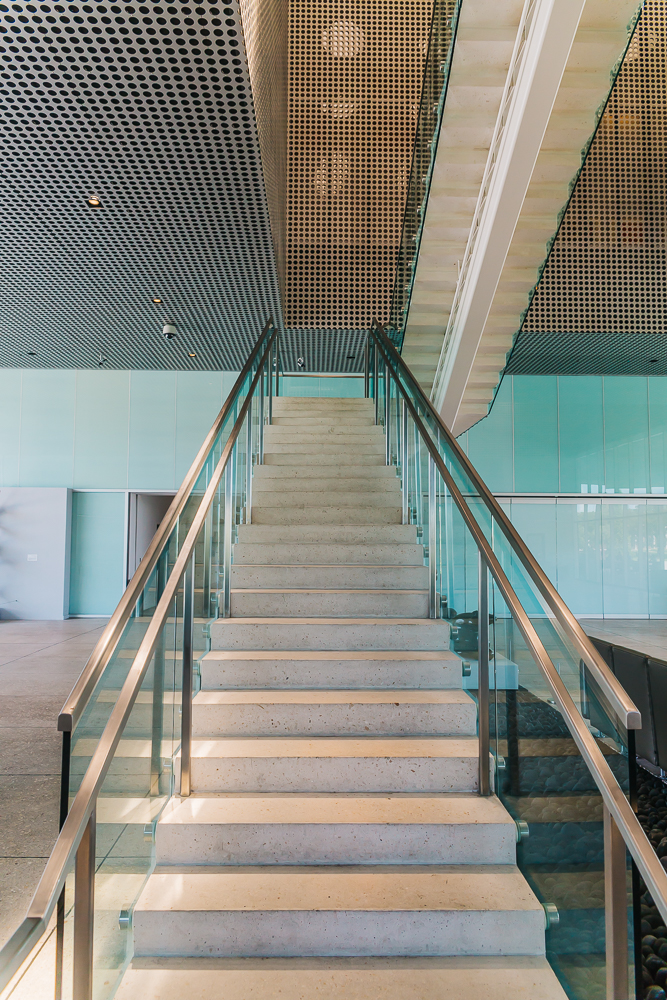TMA stairs www.thetravelpockets.com