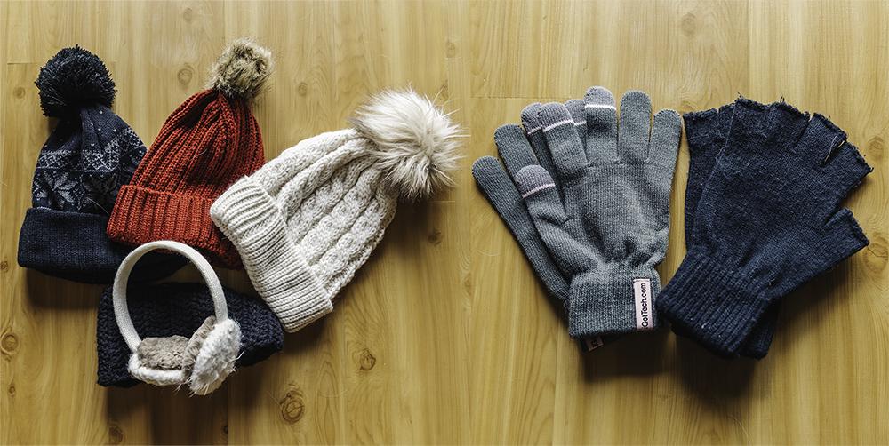 hats gloves www.thetravelpockets.com
